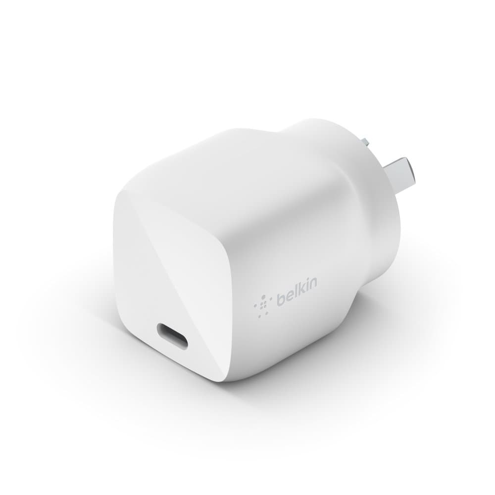 Belkin 30W USB-C Charger  Universally compatible - Black